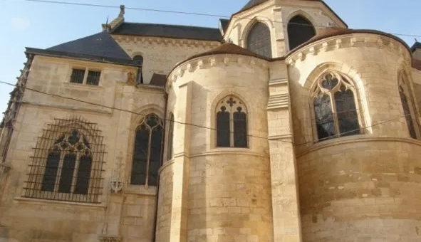 Monuments religieux de Pontoise